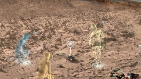 NASA Researchers Walk Surface of Mars in Virtual Reality